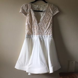 Dresses & Skirts - Lace top dress